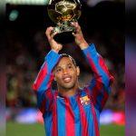 Ronaldinho es el inventor del festejo de Messi y Cristiano