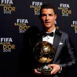 Subastan réplica del Balón de Oro que ganó Cristiano en 2013