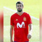 Piqué, insultado y abucheado en el entrenamiento de la selección española