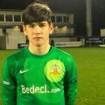 Equipo de Irlanda del Norte debuta portero de 14 años