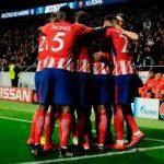 Con tijereta de Griezmann Atlético se aferra al milagro