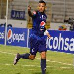 «Chino» Discua marca su gol 50 con Motagua