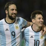 Higuaín se burló de Messi por ser suplente