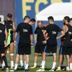 Los jugadores que vendería el Barcelona en este mes