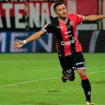 Roger Rojas se estrena con gol en Costa Rica