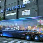 No solo en Honduras pasa: Atacan bus del Barca