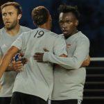 Alberth Elis anota en pretemporada de Houston Dynamo