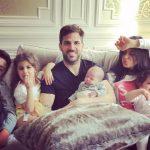 Fàbregas muestra los primeros pasos de su hijo Leo (Vídeo)
