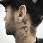 Conozca el nuevo tatuaje de Neymar: Golondrinas