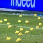 Lanzan pelotas de tenis como protesta en Bundesliga