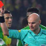 Árbitro francés que agredió a jugador fue suspendido seis meses