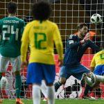 Brasil supera a los alemanes por la mínima