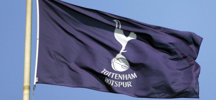 El Tottenham se disculpa por preguntar si el lugar de una mujer es en casa