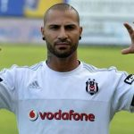 Brutal patada sobre Ricardo Quaresma en el fútbol turco