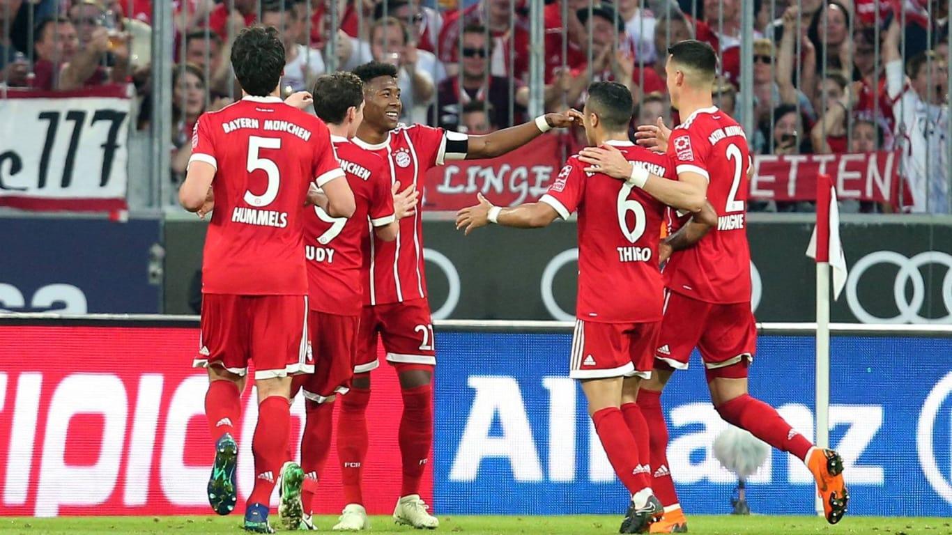 Bayern Munich festeja su título goleando al Borussia Monchengladbach