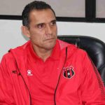 Alajuelense deja a Luis Diego Arnáez como técnico