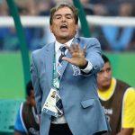 Jorge Luis Pinto: «Farfán debe ser titular en Perú»