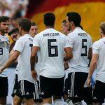 Alemania gana sin convencer