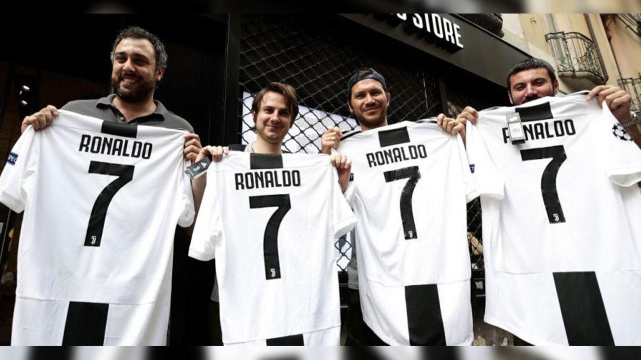 La demanda de camisetas de Cristiano colapsa la tienda online de la Juventus