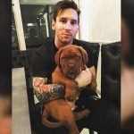 ¡Messi regatea hasta a su perro! (VÍDEO)