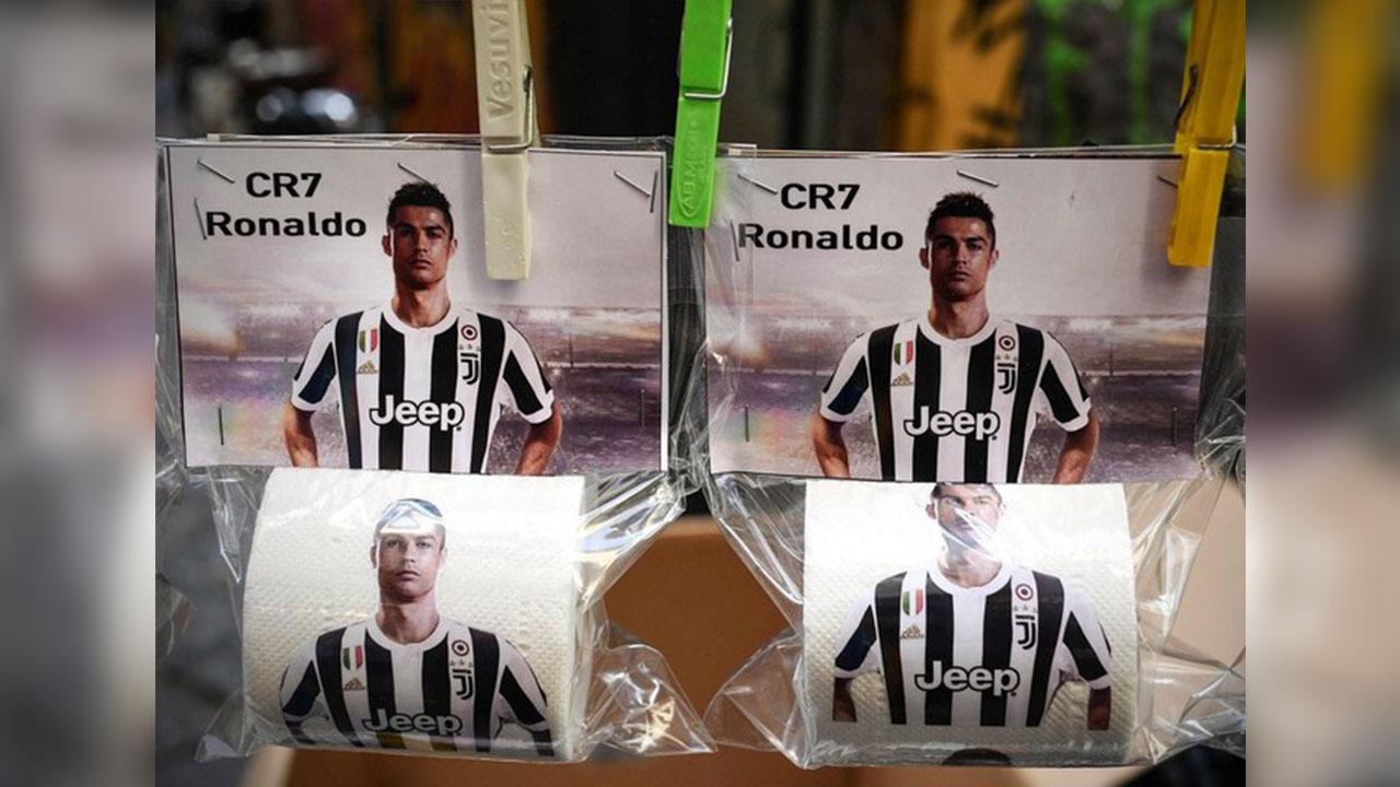 ¡Lo hicieron papel higiénico a Cristiano Ronaldo!
