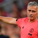Aficionado del Man ud reúne dinero para sacar a Mourinho