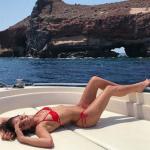 La novia de Neymar y su bikini rojo en Grecia