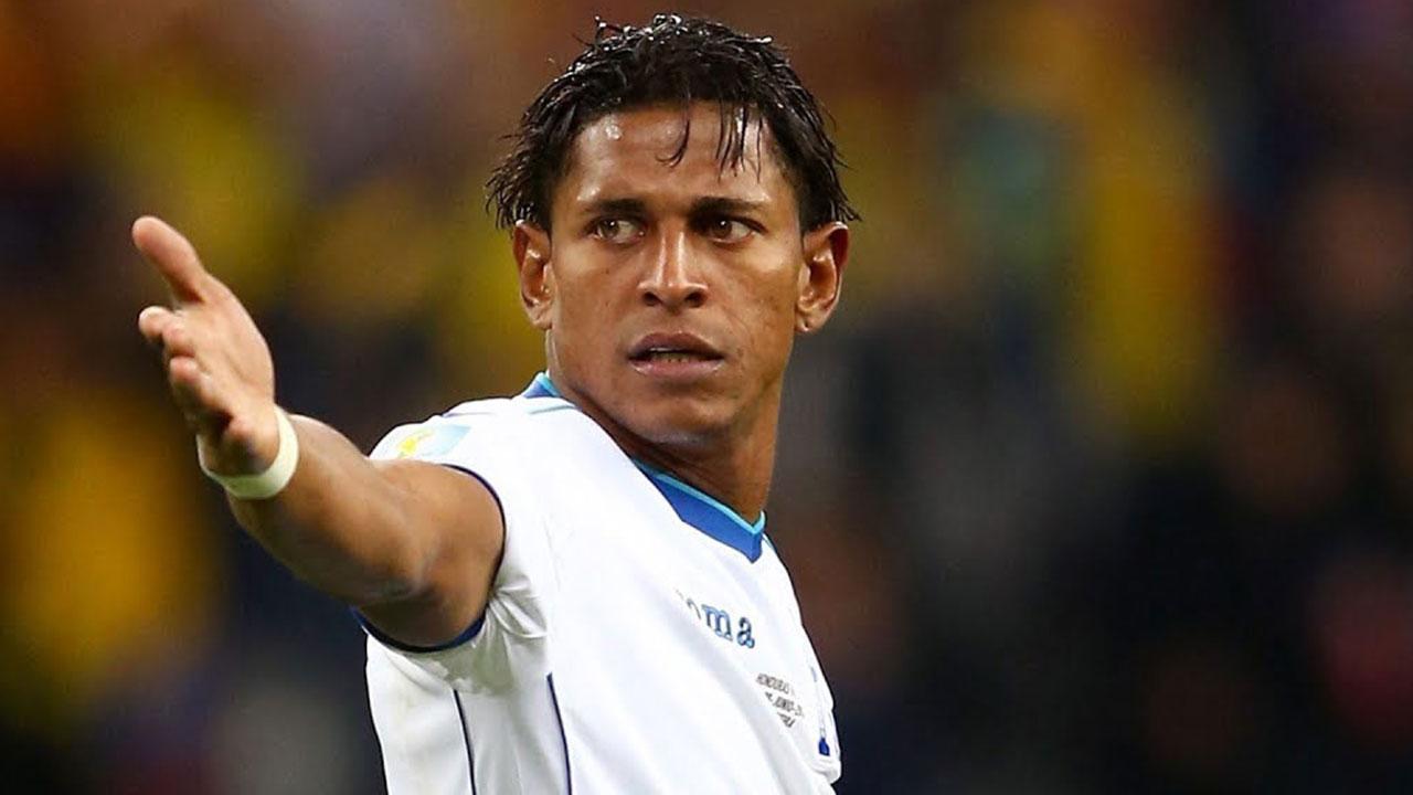 Carlo Costly propone a Héctor Vargas como entrenador de la Selección de Honduras