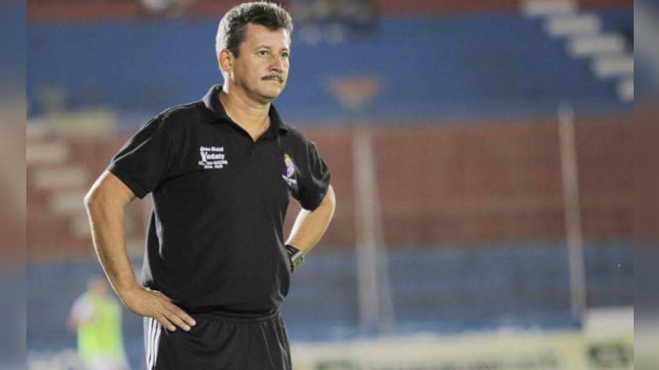 """Mauro Reyes: """"Nos jugaremos la vida con los Lobos"""""""