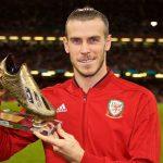 Gareth Bale recibe la Bota de Oro con la Selección de Gales