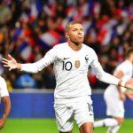 Mbappé salva el honor de Francia ante Islandia