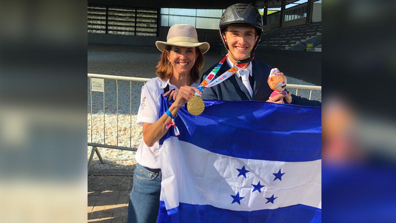 Jinete hondureño Pedro Espinosa gana oro en Juegos Olímpicos de Buenos Aires