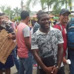 «Tyson» Núñez visita a compatriotas de la caravana en Guatemala (FOTOS)
