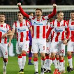 Liverpool cae ante Estrella Roja y complica su pase a octavos