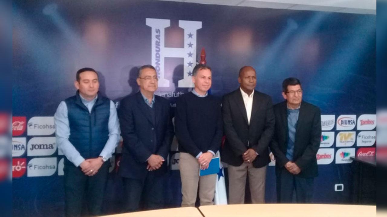 Gilberto Yearwood nuevo miembro de la Escuela Nacional de Entrenadores