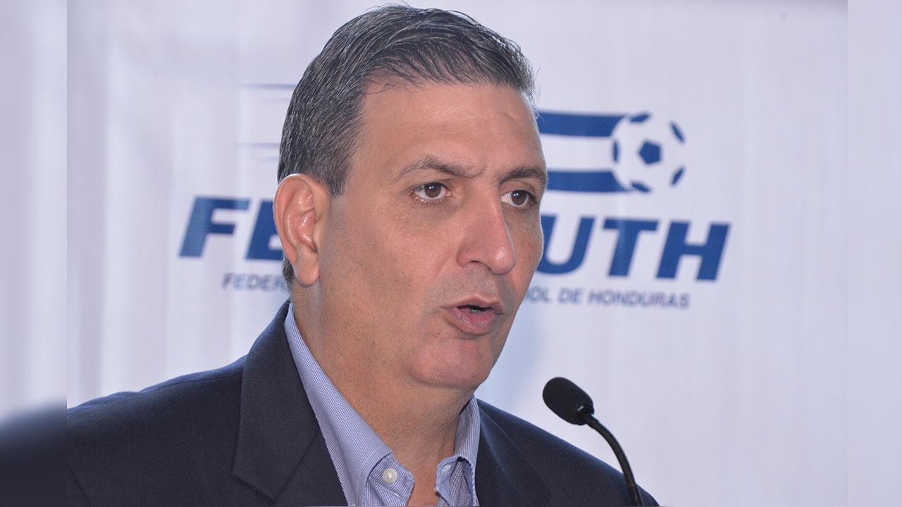 Jorge Salomón renuncia a la Comisión Normalizadora de la Fenafuth