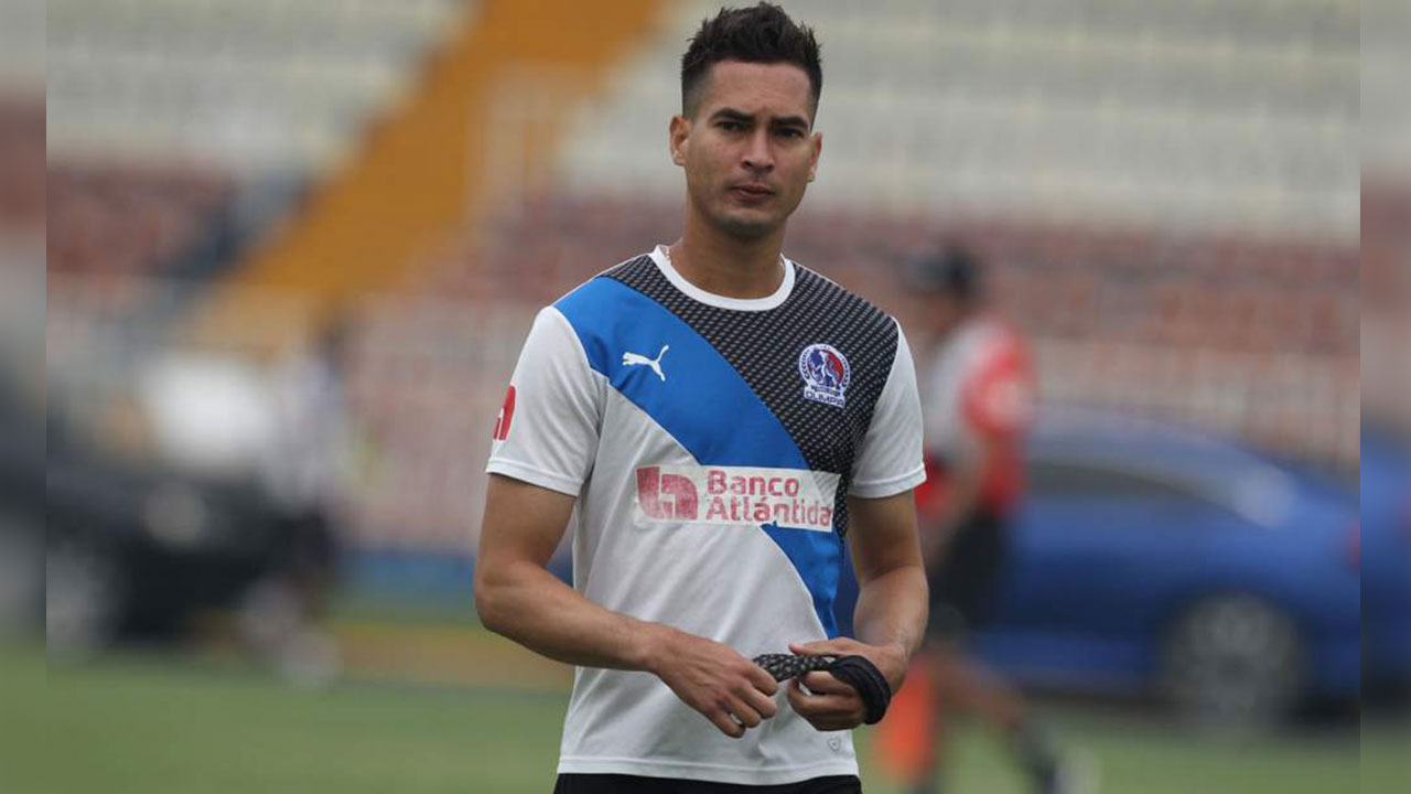 Marcelo Canales regresa al Vida