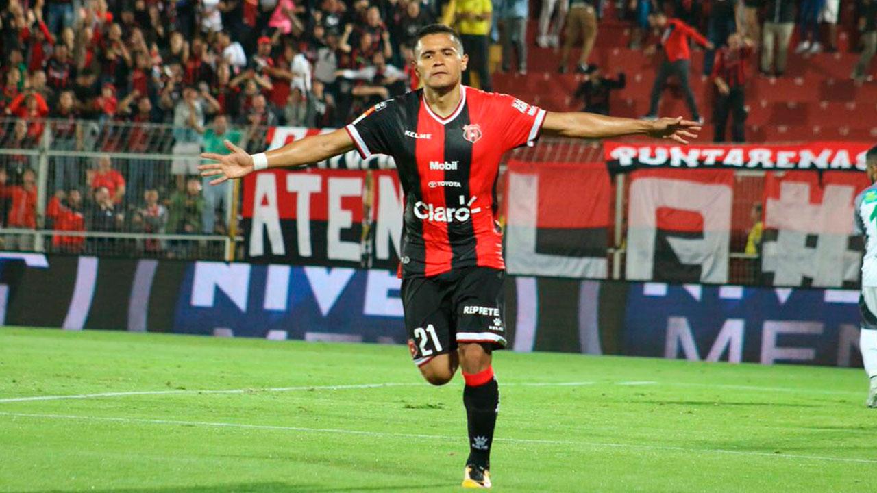 Rojas rechazó ofertas millonarias para continuar con Alajuelense