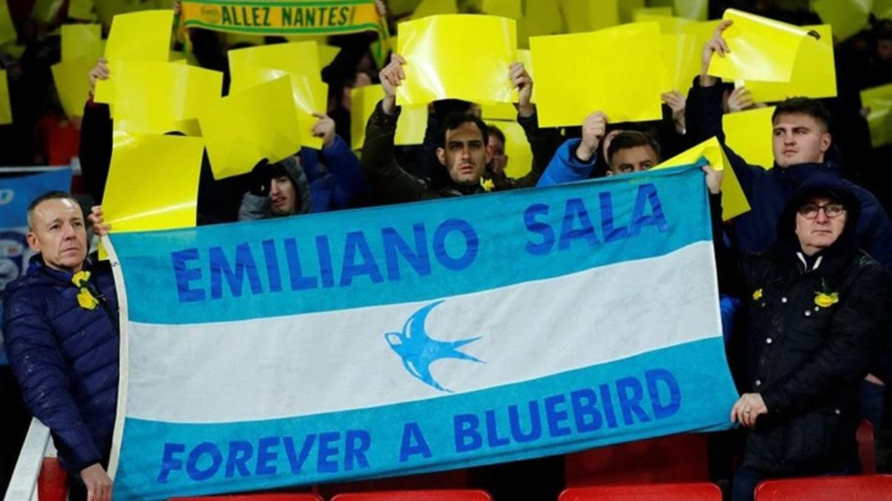 El sentido homenaje de Arsenal y Cardiff a Emiliano Sala