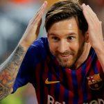 El espectacular truco de Messi con una pelota y una botella (VÍDEO)