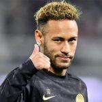 Neymar, fuera del Top 10 de jugadores brasileños después de Pelé