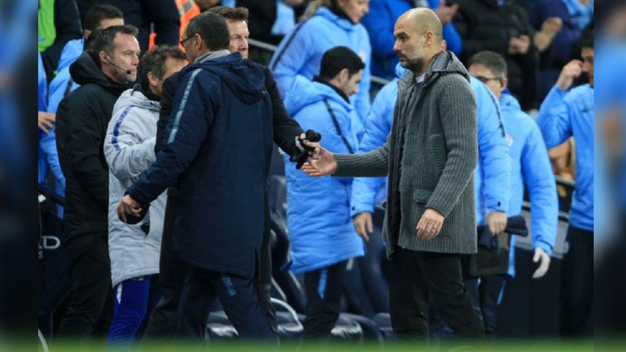 Maurizio Sarri niega el saludo a Pep Guardiola tras goleada del City al Chelsea