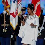 Gladys Knight sorprende con su interpretación del himno en Super Bowl (VÍDEO)