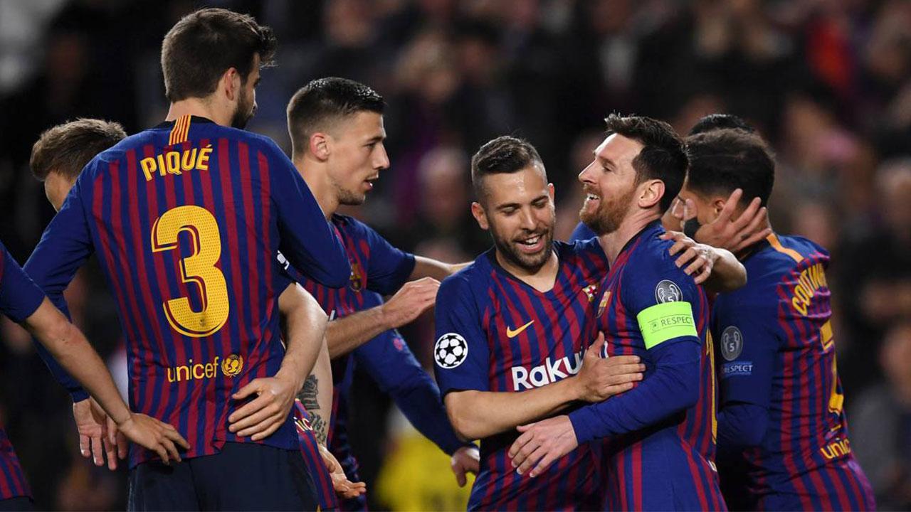Con doblete de Messi, Barcelona golea a Lyon y se mete en cuartos de Champions