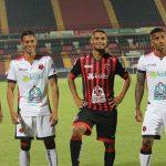 Alex López y Luis Garrido presentan nuevos uniformes del Alajuelense (VÍDEO)