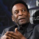 Pelé es nuevamente ingresado en un hospital a su llegada a Brasil