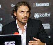 Nuevo entrenador de Alajuelense reforzará la defensa