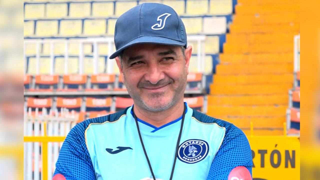 """Diego Vázquez: """"Es normal que haya provocaciones en la cancha"""""""