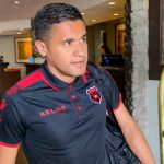 Roger Rojas no fue convocado para el partido ante Limón