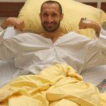 Giorgio Chiellini es operado con éxito y estará seis meses fuera